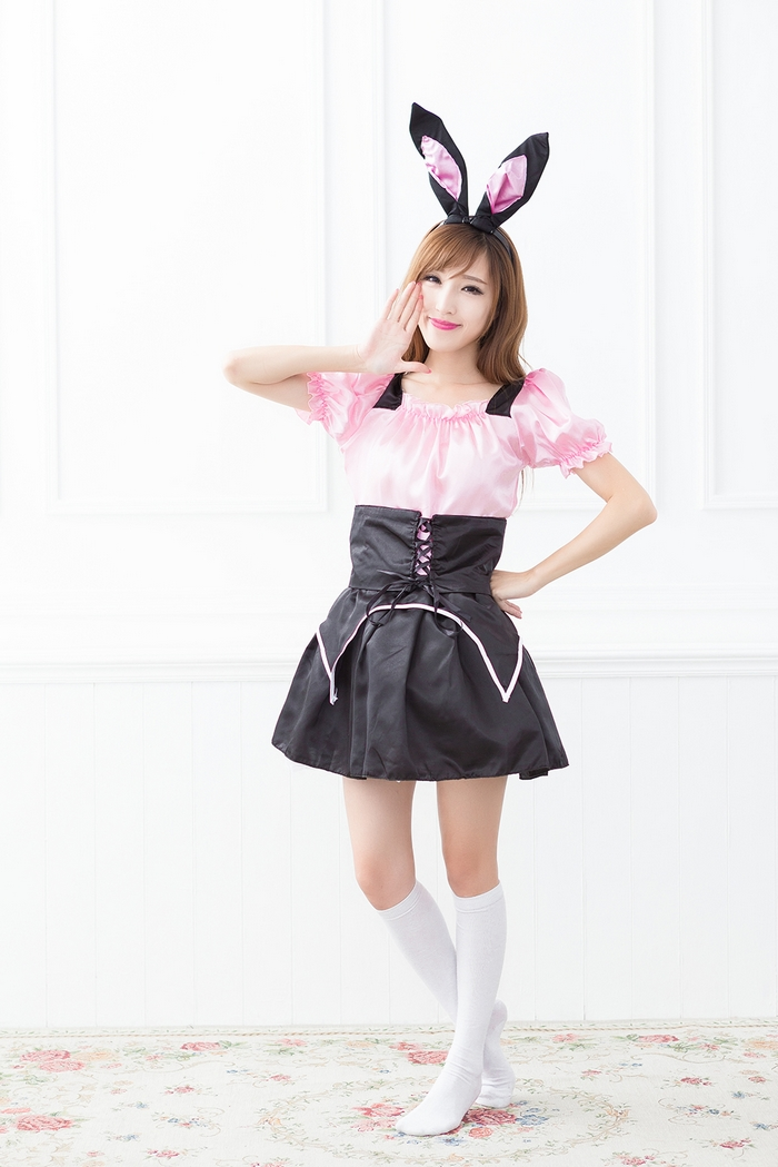 Country femmes Cosplay robe manches courtes avec tête de lapin