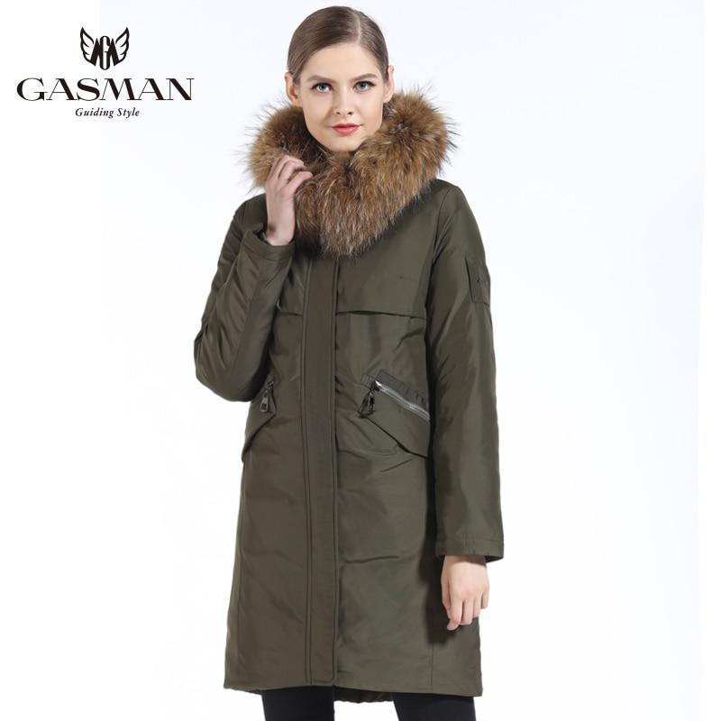 GASMAN 2019 ใหม่ฤดูหนาวผู้หญิง Parka Hooded Warm แจ็คเก็ตผู้หญิง Parka เสื้อโค้ทฤดูหนาวธรรมชาติขนสัตว์ raccoon-ใน เสื้อกันลม จาก เสื้อผ้าสตรี บน   2