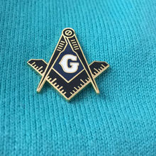 50pcs Custom Made Pins Brooch Square Compass Blue G Free Mason Masonic Enamel Lapel Pin Gift for Fellow Metal Badges Freemasonry