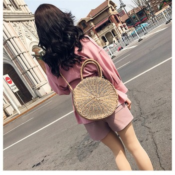 Hot Woman Round Retro Rattan Bag Summer Female Handbag Straw Knitted Wicker Bags Beach Tote bolsa feminina Bags For Women 2018 1
