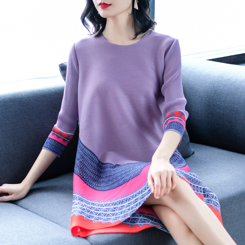 Special Pleats Summer New 2019 Women Large Size Three Quarter Sleeve Pleated Dress Women Round Neck Patchwork Mini Dresses
