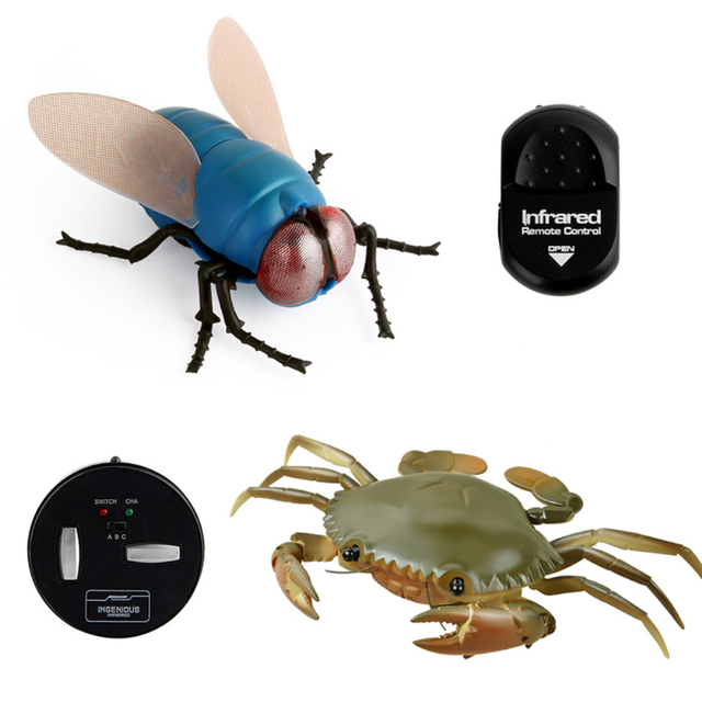 Infrared-RC-animal-Insect-Toys-Simulation-spider-bee-fly-crab-Ladyb-mantis-Electric-robot-Toy-Halloween