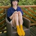 Nueva Llegada de Las Mujeres de Invierno Calcetines Encantadores de La Manera Harajuku Sólido A Rayas Meia Calcetines Calientes Calcetines de Algodón