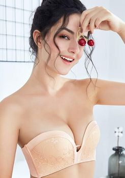 strapless bra for wedding dresses push up bra for women wireless lace brassiere low-cut invisible bra backless solid underwear invisible bra