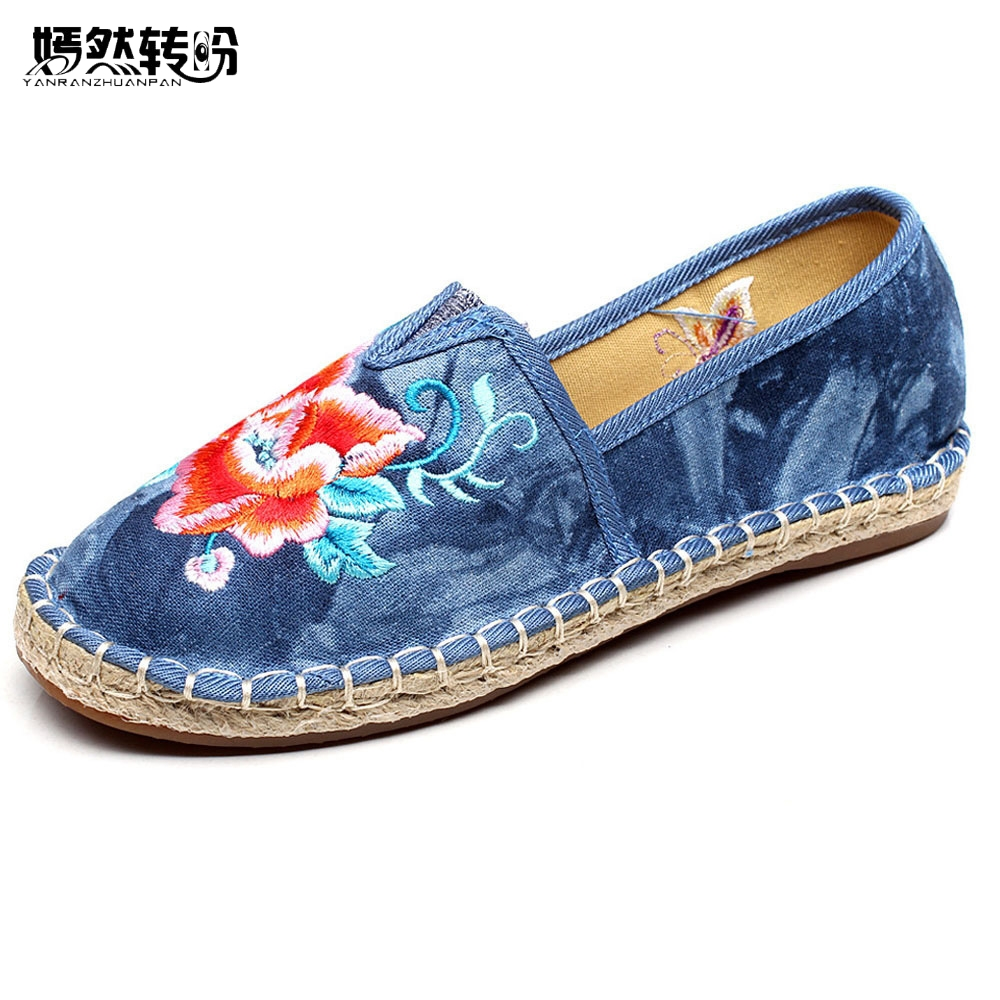 Women Shoes Flats Vintage Floral Embroidery Casual Soft Linen Loafers Canvas Drive Ballet Shoes Woman Zapatos Mujer vintage women pumps flowers embroidered ankle buckles canvas platforms ladies soft casual old beijing shoes zapatos mujer