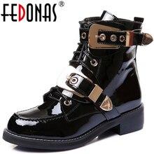Fedonasブランド本革ゴールデンバックルストラップ厚いヒールアンクルブーツセクシーな秋冬オートバイ雪のブーツの靴女性