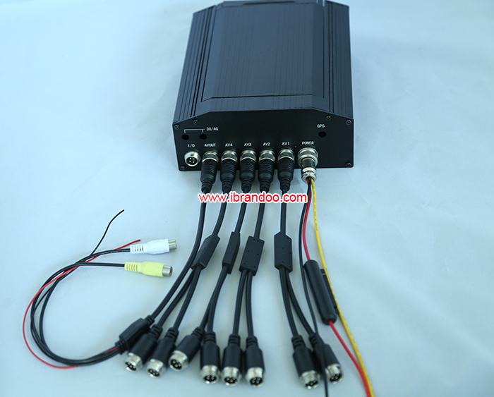 8CH Video Recorder Mobile HDD Car DVR MDVR Recoder Kit + 3pcs Dome In-car Camera + 3pcs Outside Car Camera + Monitor