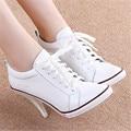 2017 Señoras de La Manera Genuina de Cuero Blanco Tacones Altos Atan Para Arriba Botines Casuales Zapatos de Las Mujeres Bombas Mbt zapatos de mujer Más Tamaño 34-41