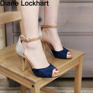 Image 1 - Sandalias de tacón alto con hebilla para mujer, zapatos femeninos de tacón grueso con hebilla, sandalias de estilo Gladiador, adecuadas para el verano, 2019