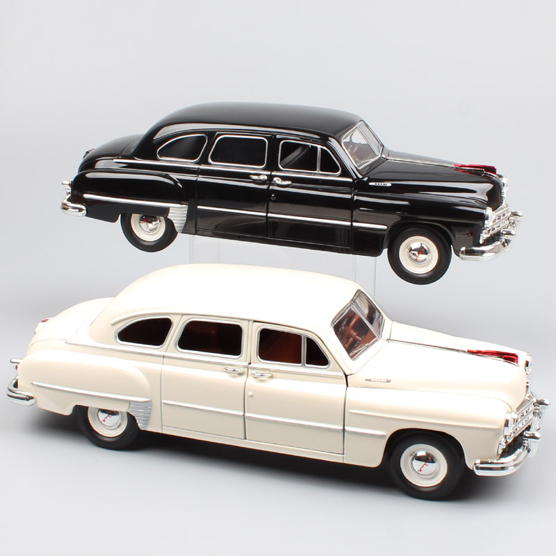 1:24 Scale Road Signature Russia USSR classic Gorkovsky Gorky GAZ-12 ZIM Sedan Volga <font><b>diecast</b></font> <font><b>model</b></font> <font><b>cars</b></font> toy for collection gifts image