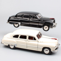 1:24 Scale Road Signature Russia USSR classic Gorkovsky Gorky GAZ 12 ZIM Sedan Volga diecast model cars toy for collection gifts
