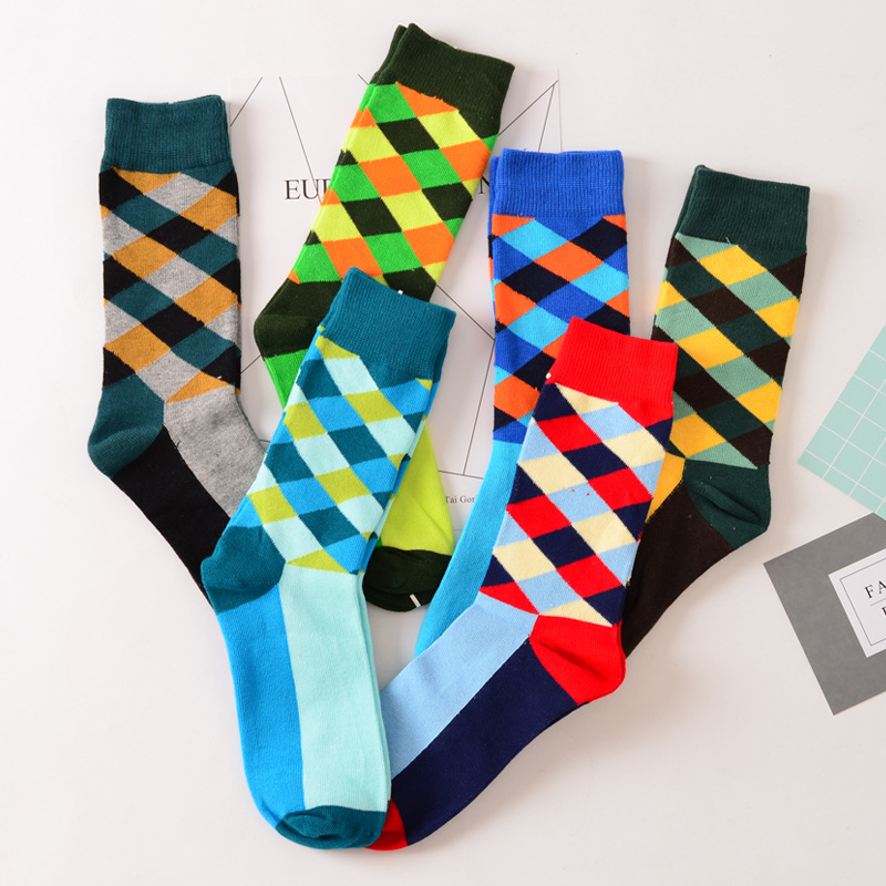 New Colorful Men Cotton Happy Socks Argyle British Style Business Dress Crew Long Sox Diamond Harajuku Retro Brand Designer