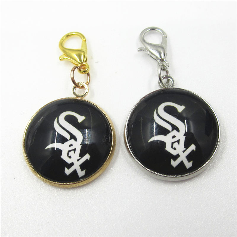 20pcs Chicago White Sox Baseball Team Sports Dangle Charms Pendants DIY Jewelry lobster clasp US Floating Hanging Charms
