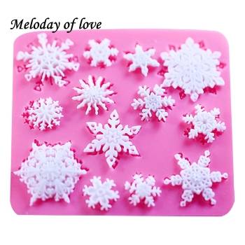 3D Christmas Design Silicone Baking Molds Used As Decorate Delicious Cake
