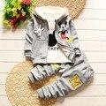 2016 новый ребенок сгущать зимней одежды для новорожденных мультфильм Микки Маус футболка + толстовки + брюки 3 шт. набор хлопок теплый комплект одежды младенца