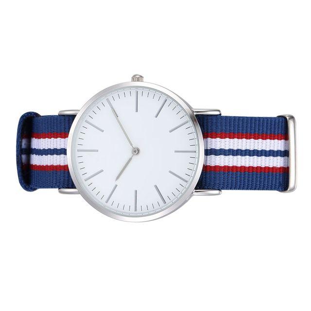 En gros Quartz Horloges Hommes Femmes Ronde Cas Marine Ceintures  Interchangeables Montres Relojes En Nylon fc700349b86