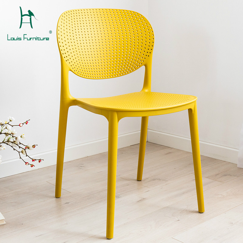 Simple Minimalist Dining Set: Louis Fashion Dining Chairs Plastic Minimalist Modern