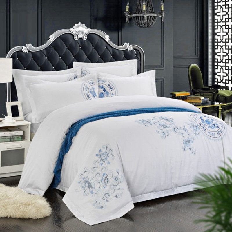 100% Cotton White Embroidered Bedding sets 4/6Pieces White Hotel Bedsheet set Duvet cover Pillow shams Double King Queen size100% Cotton White Embroidered Bedding sets 4/6Pieces White Hotel Bedsheet set Duvet cover Pillow shams Double King Queen size