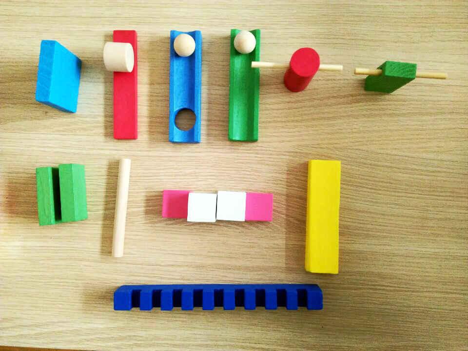 Детские Деревянные Монтессори строительные блоки игрушки 12 цветов 120 таблетки домино содержит набор 10 шт. аксессуары домино детский блок