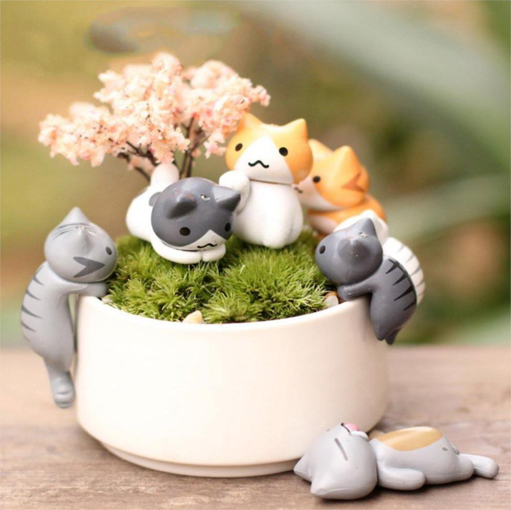 5 Pcs Cute Mini Cat Toys Sweet Cat with Hat Dolls Animal Figurines Set for DIY Home Decor Fairy Gardern Ornament