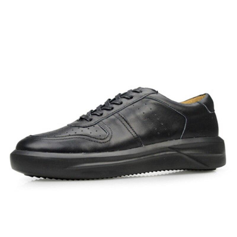 Роскошные кроссовки; Летняя мужская обувь для взрослых; повседневная обувь на плоской подошве; весенняя обувь черного цвета; Мужская обувь из натуральной кожи с перфорацией типа «броги»; цвет белый, черный