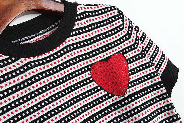 Подиум Лето 2019 высокое качество лоскутный свитер футболка Женская Полосатая Корейская шикарная трикотажная футболка с сердцем короткая футболка camiseta mujer