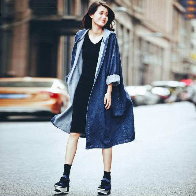 2017 Autumn Women Denim Trench Coats Streetwear Ladies Solid Long Sleeve Hooded Tops Casual Loose Long Straight Outwear Cardigan