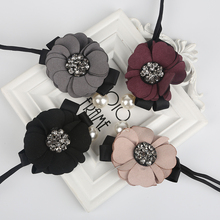 Flower Pearl Pendant Hair Bun Maker