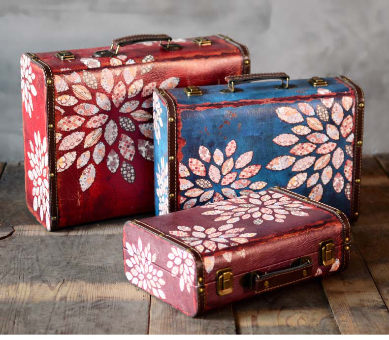 Vintage Suitcase Wooden Box Decorations Ornaments Window