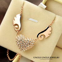FREE SHIPPING 18K Gold Plated Austrian Rhinestones Inlaid Heart Angel Wings Design Lady Pendant Necklace Wholesale