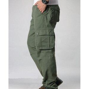 Image 2 - Męskie spodnie Cargo męskie dorywczo wiele kieszeni taktyczne spodnie wojskowe mężczyźni znosić proste spodnie długie spodnie duże rozmiary 42 44
