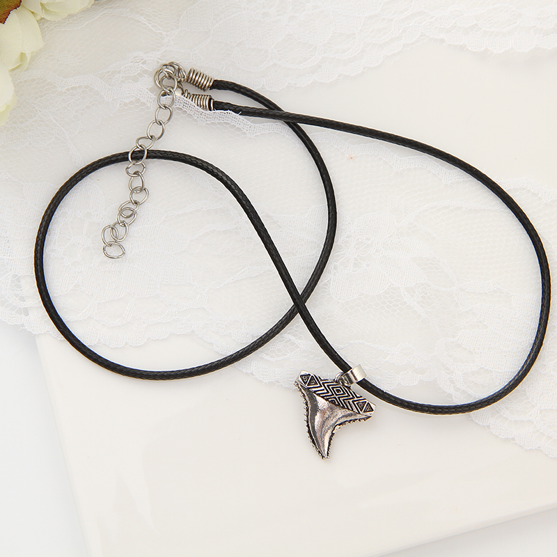 Big Discount 5d26 Neutral Retro Silver Plated Shark Tooth