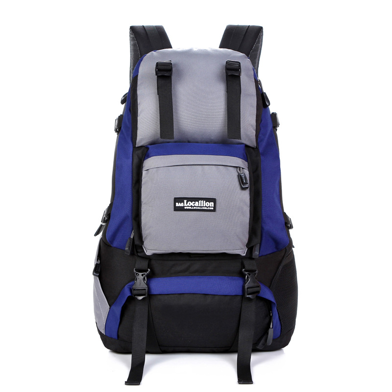 2016 new multi functional mountaineering bags on foot travel bags of men and women backack men