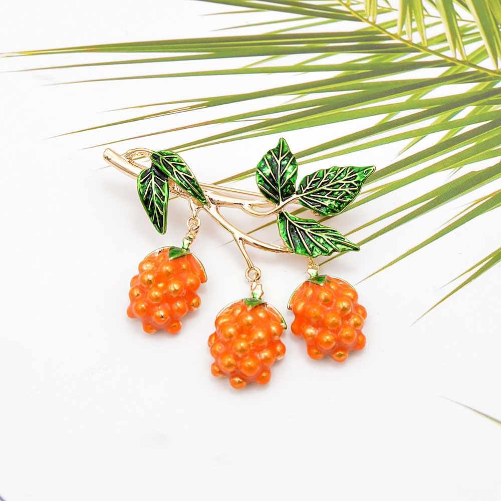 CINDY XIANG New Arrival Enamel Grapes Brooches for Women Summer Design Elegant Fashion Fruit Pins Cute Jewelry Kids Accessories in Brooches from Jewelry Accessories