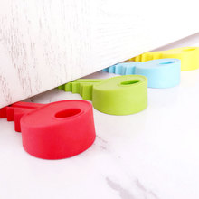 1Pcs Child Protection Key Shape Door Stop Children Safety Cartoon Door Security Stopper Cute Baby Safety Door Stopper Door Lock kids baby eva safety safeguard gates door stopper cartoon doorways protection tool baby hand clamping preventionsafety door card