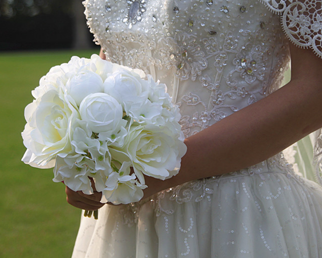 ᗑRose Lotus Hydrangea mixed hand holding bouquets Artificial bride ...