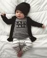 2017 Otoño Nueva Moda ropa del bebé mamelucos del bebé de manga Larga de la letra t-shirt + pantalones 2/pcs recién nacido del bebé muchachas que arropan el sistema