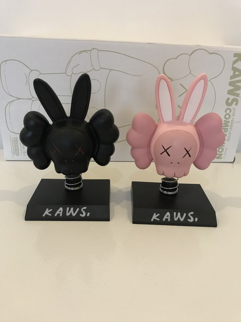 Original Fake Kaws Accomplice Black or Pink Rabbit Shake Head Bobble Car Asseccories Vehicle toys, Two Color Optional