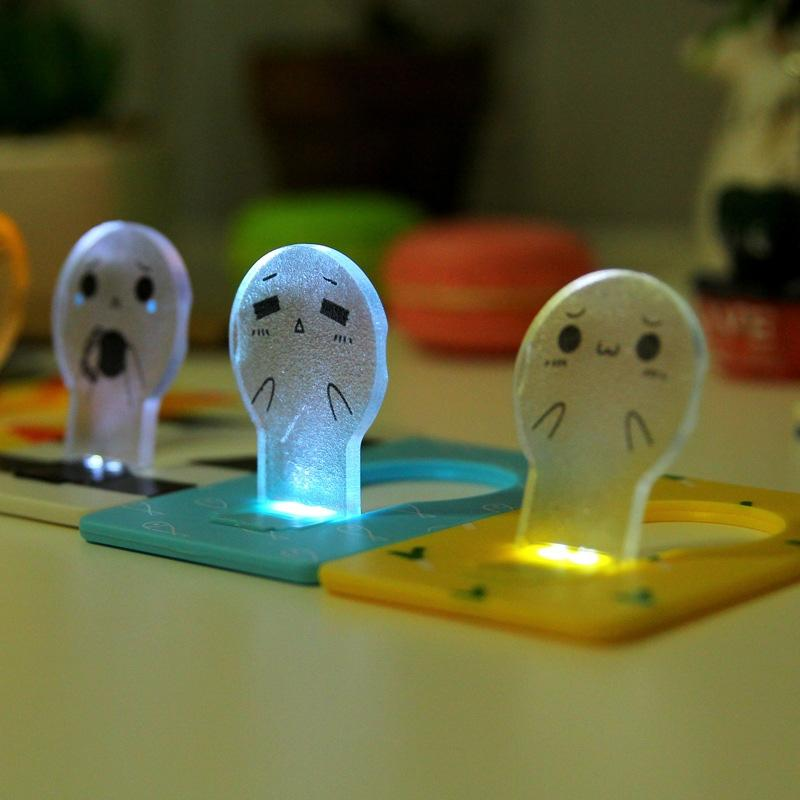 LumiParty Hot Sale Portable Pocket LED Card Light Energy Saving New Design Night Lamp Lovely Expression Card Light