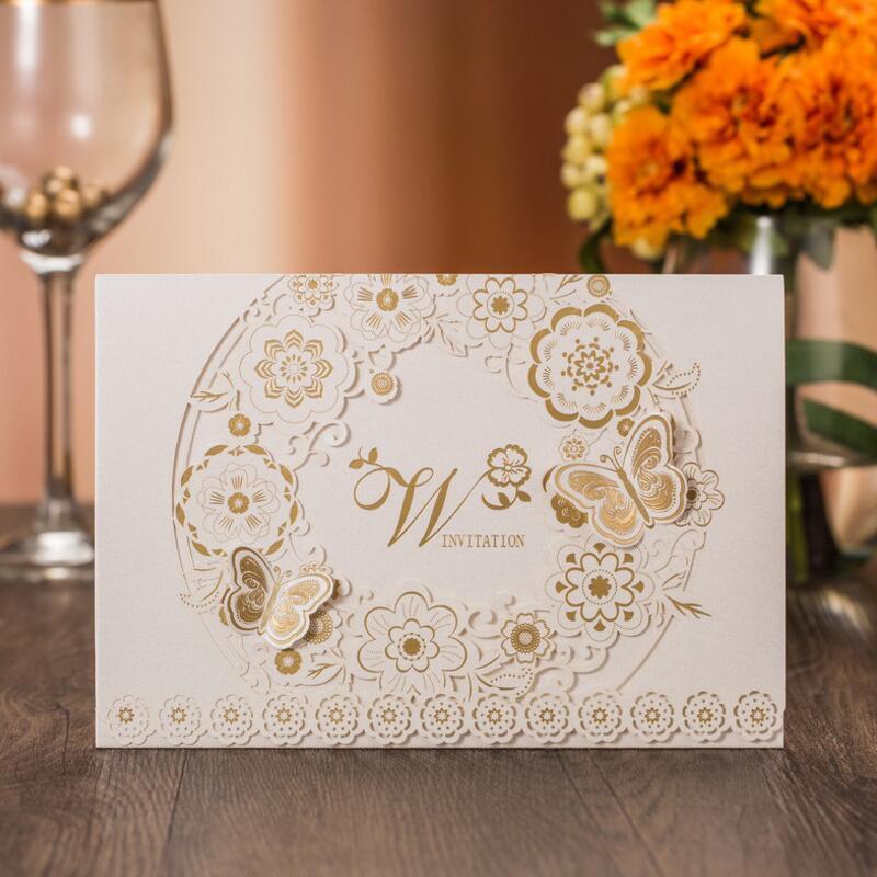 50ks / pack Delikátní vyřezávané zlaté motýlky romantické svatební pozvánky Pozvánka na oslavu