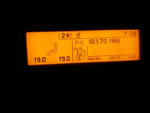 Écran de voiture 5 Menu Soutien Français USB bi-zone D'air Bluetooth Moniteur D'affichage Jaune 12 Broches pour Peugeot 307 407 408 citroen C4 C5