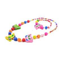 b568c0dad0de Niños Juegos de joyería para Niñas mariposa lindo colorido cuentas de  madera Accesorios Sets collar pulsera Kids party regalos d.