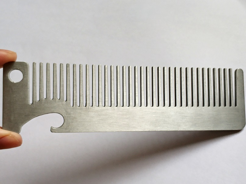LAOCCCROSS Men Beard Comb Long Stainless Steel Beard Shaving Brush Men's Mini Mustache Pocket Comb Bottle Opener 4