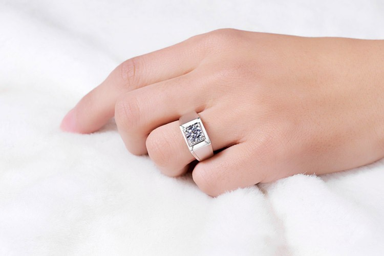 Jewelry & Watches Fashion Jewelry Generous Finger Ring Goods Of Every Description Are Available