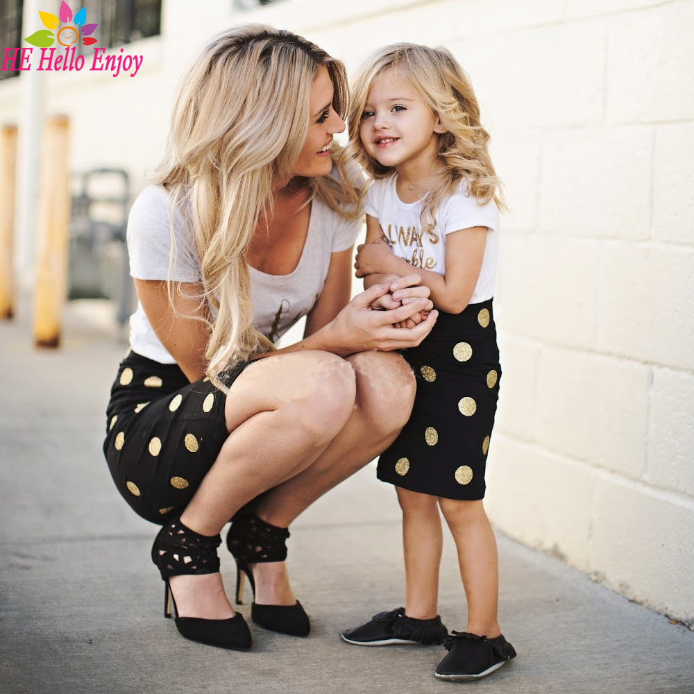 HE Hello Enjoy matching mother daughter clothes kids 2017 Letter short sleeves T-shirt+dot skirts family look clothing Outfits  telle mère telle fille vetement