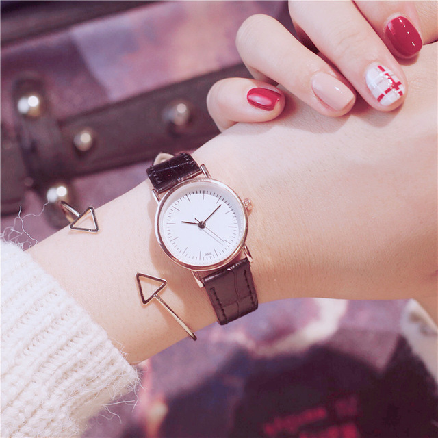 Simple style Couples Women Leather Watches Lovers Quartz Watch Men Brand Luxury dress Wristwatch Ladies casual Clock Hours