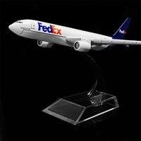 1:400 16 cm Fedex Boeing 777 Modelo De Avião de Metal Escritório Decoração Dom Idéia Brinquedo
