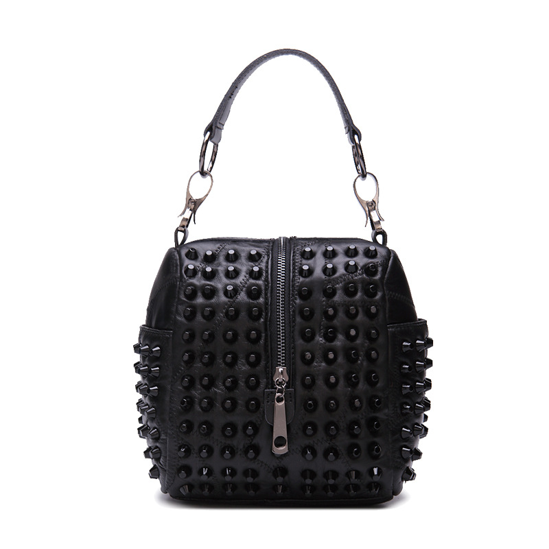 2017 Fashion Women Genuine Leather Handbags Small Mini Black Rivet Tote Bag Shoulder / Messenger / Crossbody Bag for Lady Girls все цены