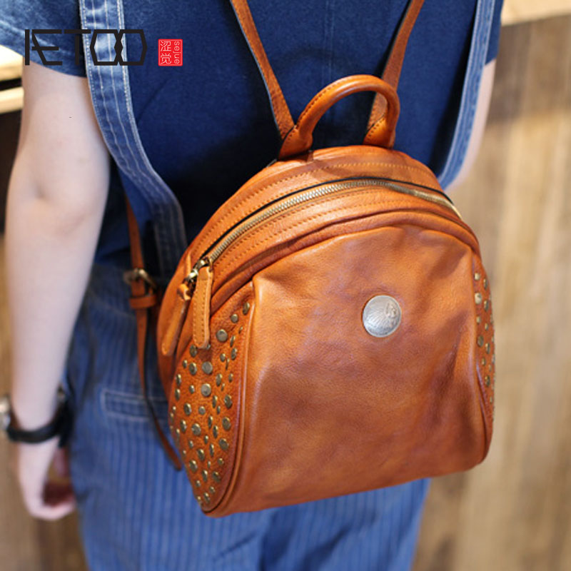AETOO Mori College Wind Leather Shoulder Bag Tide Hundred Retro Arts and Art Rivet Handmade First Layer Leather Backpack aetoo spring and summer new leather handmade handmade first layer of planted tanned leather retro bag backpack bag