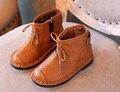Hot Otoño invierno Nuevo hecho a mano cómodo niñas botas Martin niños botas de moda de cuero niños botas zapatos de los niños de Alta Calidad